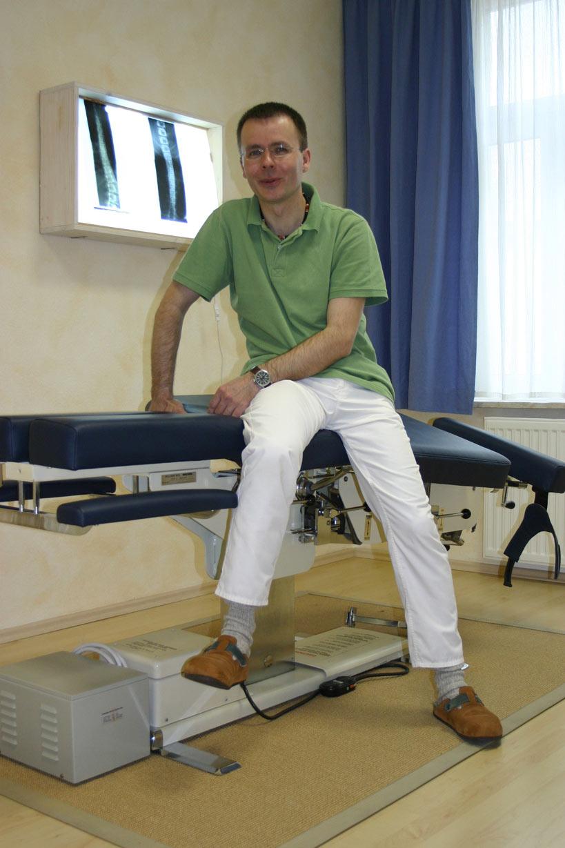 chiropraktiker in dresden zentrum f r chiropraktik und osteopathie. Black Bedroom Furniture Sets. Home Design Ideas